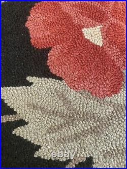 8 X 10 Pottery Barn Hooked Wool Rug Black With Red Flowers