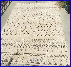 Moroccan Beni Ourain style beautyOOP Pottery Barn 5x8 wool rugin great cond